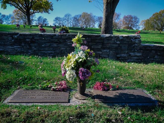 Both graves-1